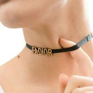 Authentic ja dior choker
